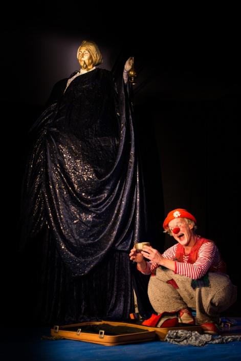 Das Fidele Matuya Theater (mit Franziska Lutz als Matuya 2017)